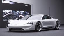 پورشه برای تولید خودروهای الکتریکی سرمایه گذاری اش را دوبرابر کرد