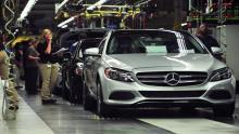 نگرانی-دایملر-و-ولوو-از-اعمال-تعرفه-جدید-بر-واردات-خودرو-در-امریکا